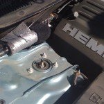 Chrysler 300 C Hemi engine microphone mount